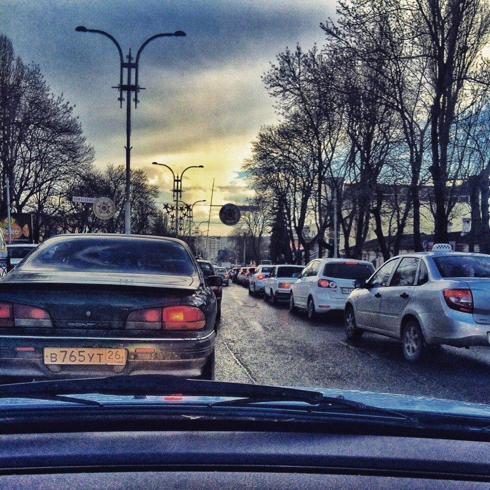 Пятигорск, пробка на улице Калинина, фото