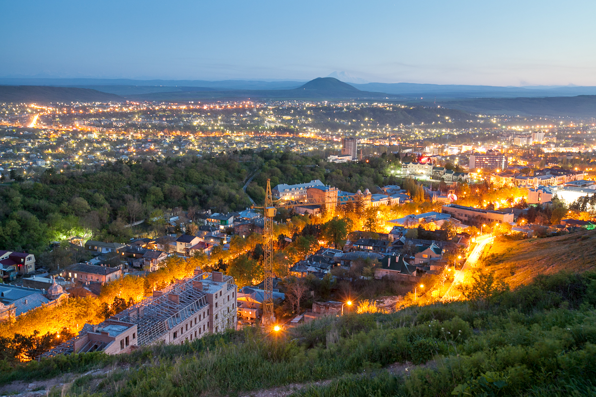 Вечерний Пятигорск, фото. Вид с Эоловой Арфы.