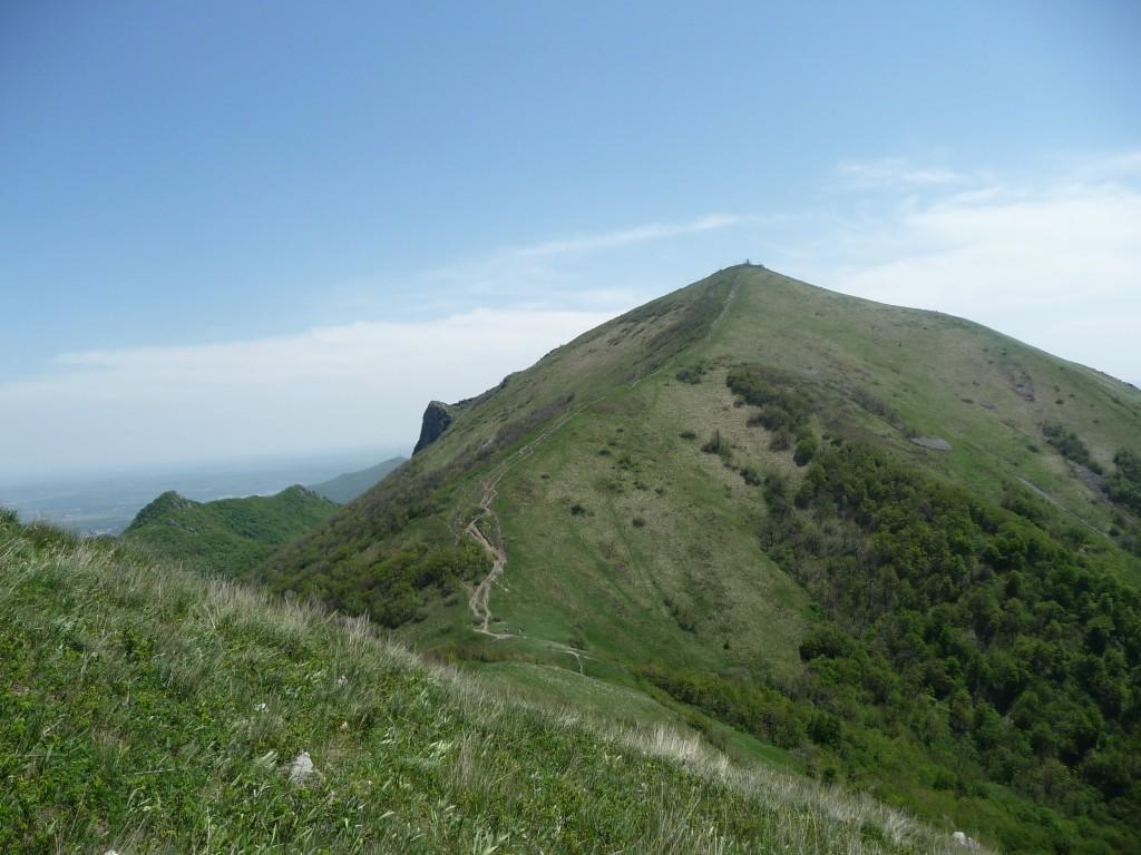 город Пятигорск, гора Бештау, вешина Большой Тау, высота 1400 м