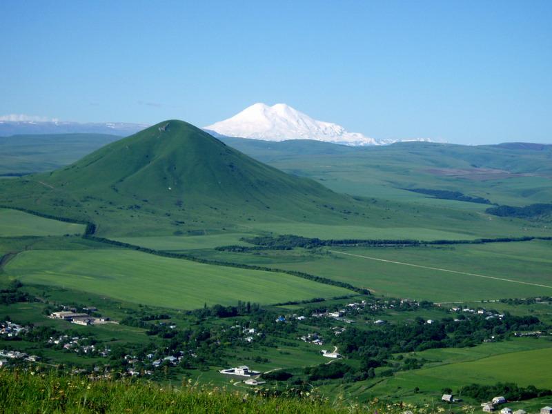 Пятигорск, гора Джуца, гора Эльбрус, весна