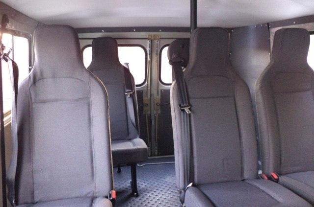 Поездки в горы на КМВ. Уютный салон нашего пассажирского вместительного УАЗа